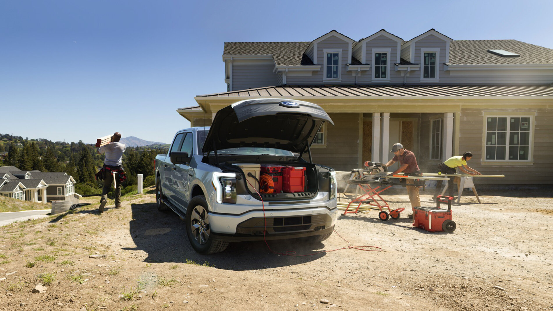 2022-ford-f-150-lightning-pro-makes-a-great-work-truck-heres-why_100792329_h.jpg