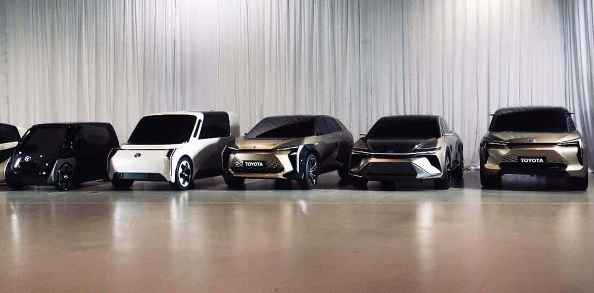 lectric-cars-being-developed-at-toyota_100703822_h.jpg